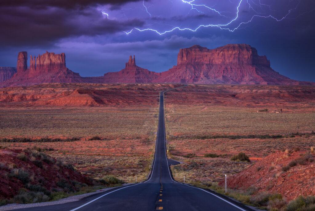 Monument Valley Forrest Gump Point Landscape USA America Thunder Lightning